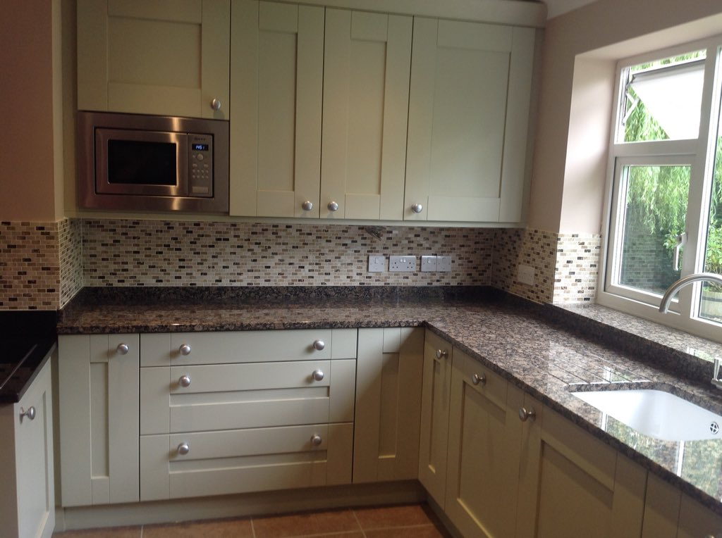 Haydon Webb Kitchens On Twitter Property In Thorndon With Shaker Style Kitchen Cabinets Finished In Sage With Baltic Brown Granite Tops Https T Co 918ywsnond