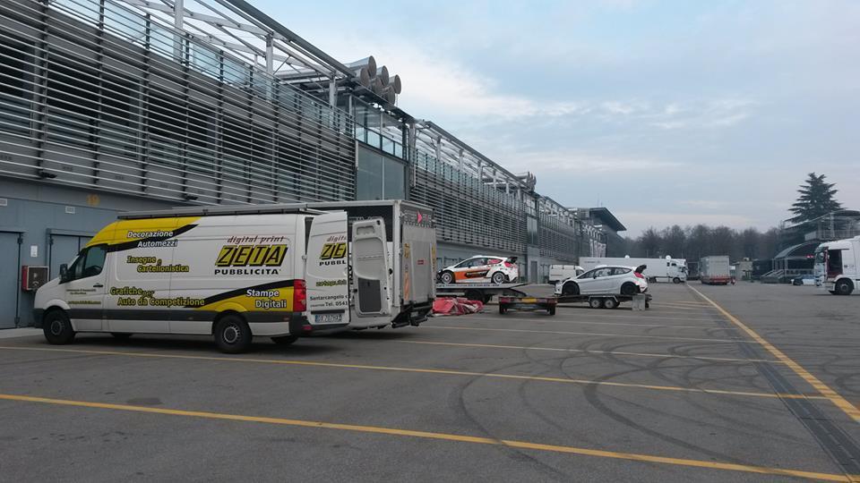 Monza Rallye Show 2015 [27-28-29 Noviembre] CUp02pDWEAAo8yB
