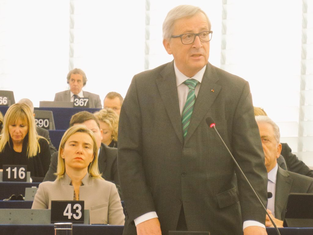 ".@JunckerEU @Europarl_EN ""If spirit of Schengen leaves us we lose more than #Schengen.We have to safeguard Schengen"" https://t.co/ZsG5bQ6LvW"