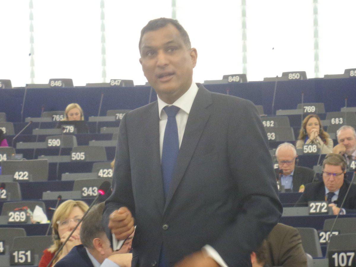 For the ECR group, chair @SyedKamall  speaks in #EPonTerror debate  Follow our @Storify https://t.co/ggoqKC4ihR https://t.co/nI5VTvHmHx