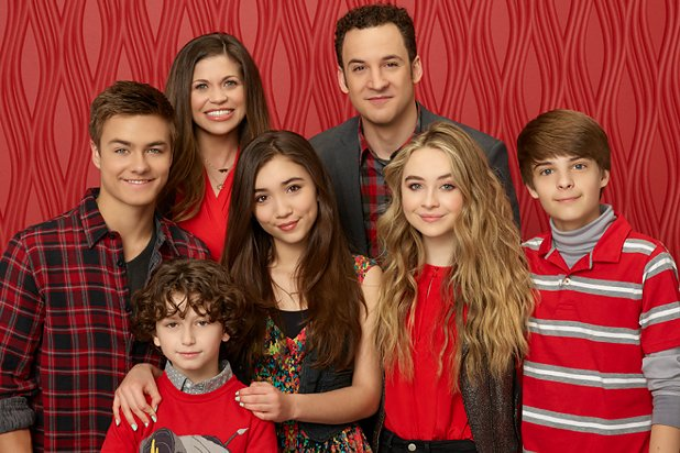 Girl, meet high school! #GirlMeetsWorld renewed for Season 3, premiering in Spring 2016: https://t.co/LFFbrU39fw https://t.co/FTOahUJTk2