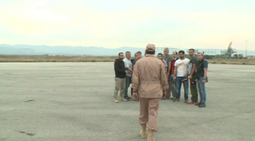 O ρώσος πιλότος που διασώθηκε: Θα μείνω στη Συρία θα πολεμήσω