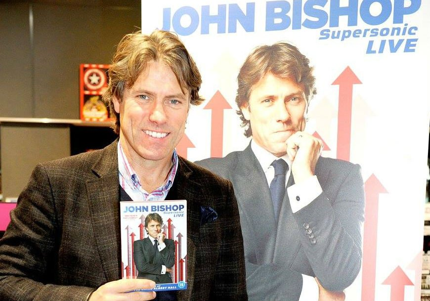 RT @hmvtweets: Big thanks to @JohnBishop100 for popping into see fans @HMVLiverpoolOne. See all the pics https://t.co/tatCg9mwNE https://t.…