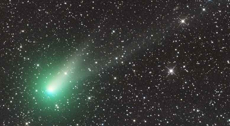 La cometa di Natale Catalina in diretta streaming su internet