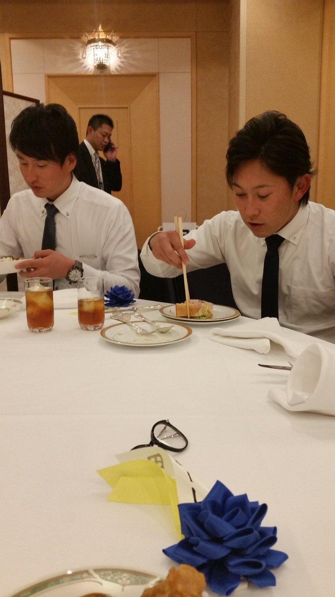 盗撮。 箸が長いんじゃありません。西野が小さいんです。