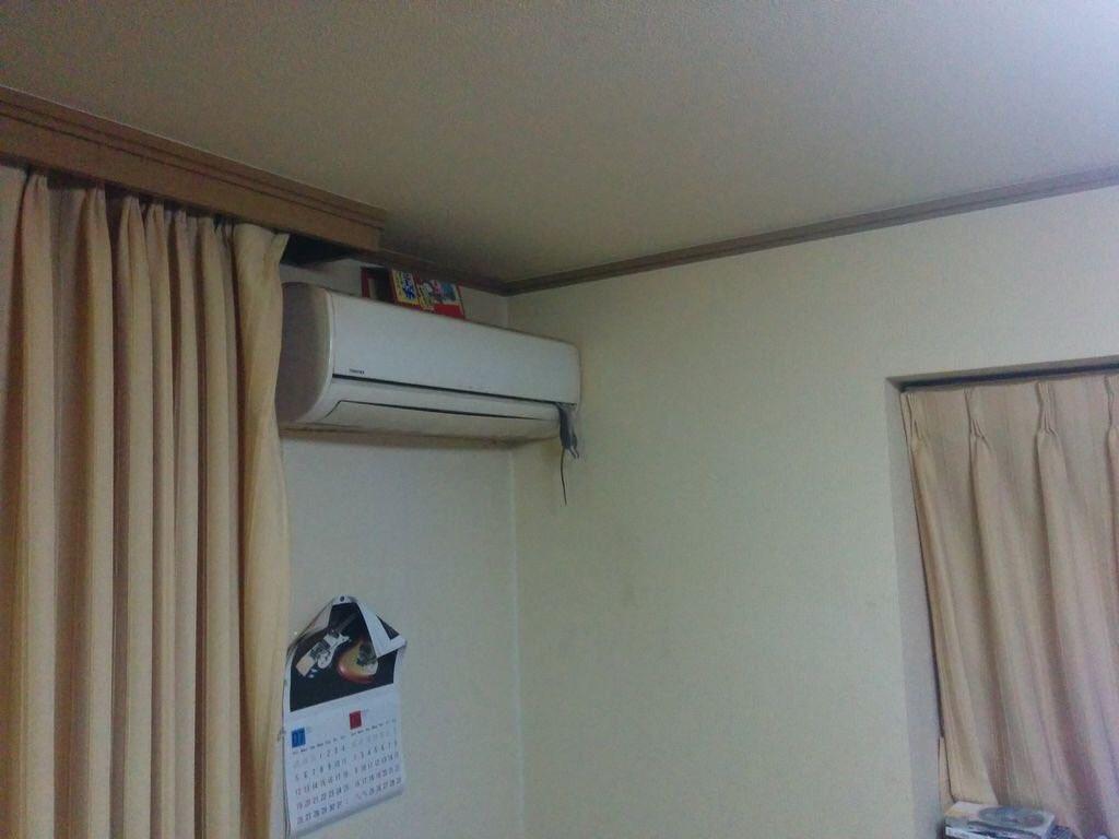 上にネズミ取り置いてんだからネズミ取りに引っかかってくれよ・・・・