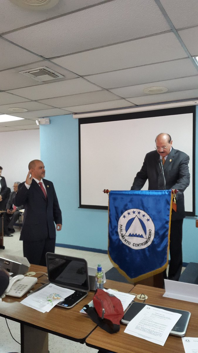 Juramentado como integrante del Parlacen ante la Asamblea de Eurolat en representación de Honduras https://t.co/e7ADlyo5Uz
