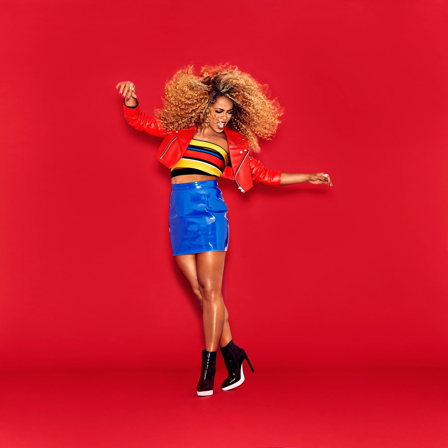 RT @FleurEast: I'll be chatting to @RochelleHumes and @MelvinOdoom on #TheXtraFactor at 7pm on @ITV2! Be sure to tune in! https://t.co/KSqQ…
