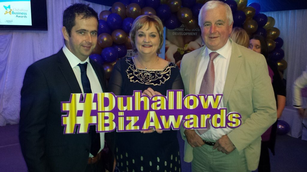 @DigiPulse_ie Looking great guys ! Love the sign from @thebrandgeeks #DuhallowBizAwards #kingdombiz https://t.co/StpcCxCFwK
