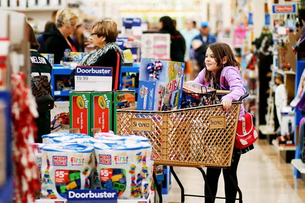 Eau Claire shoppers get an early start with pre-#BlackFriday deals on Thanksgiving day https://t.co/NAAXsU8Yc6 https://t.co/WdS4pSNARr