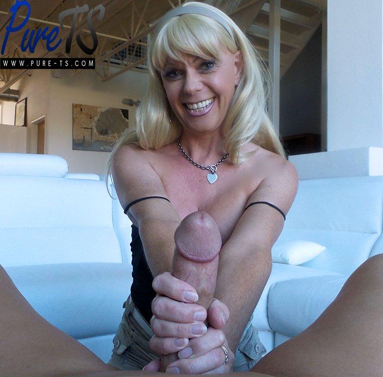 Lesbian Milf Blonde Teen