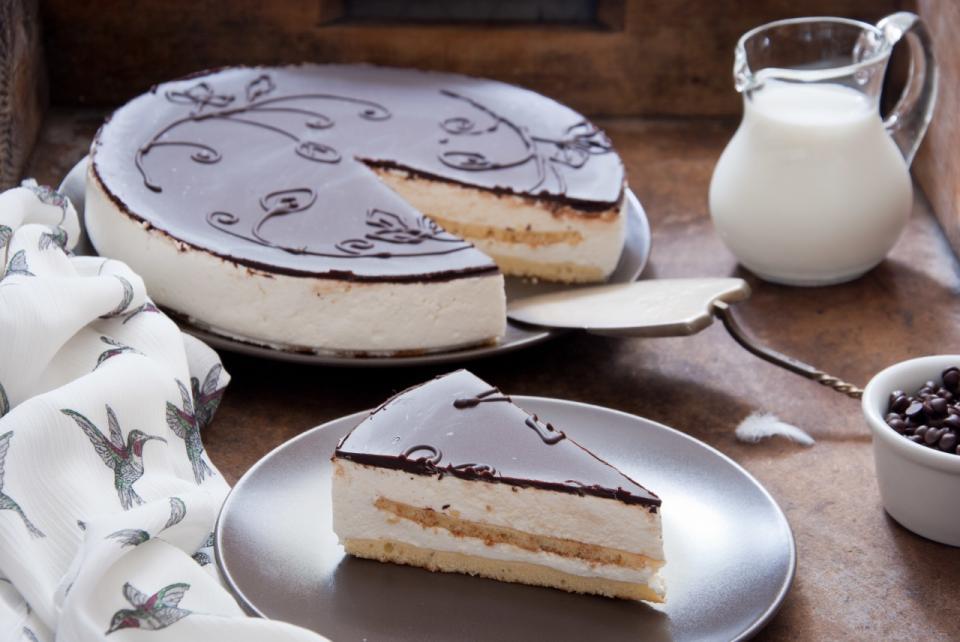 Торт птичье молоко сфото