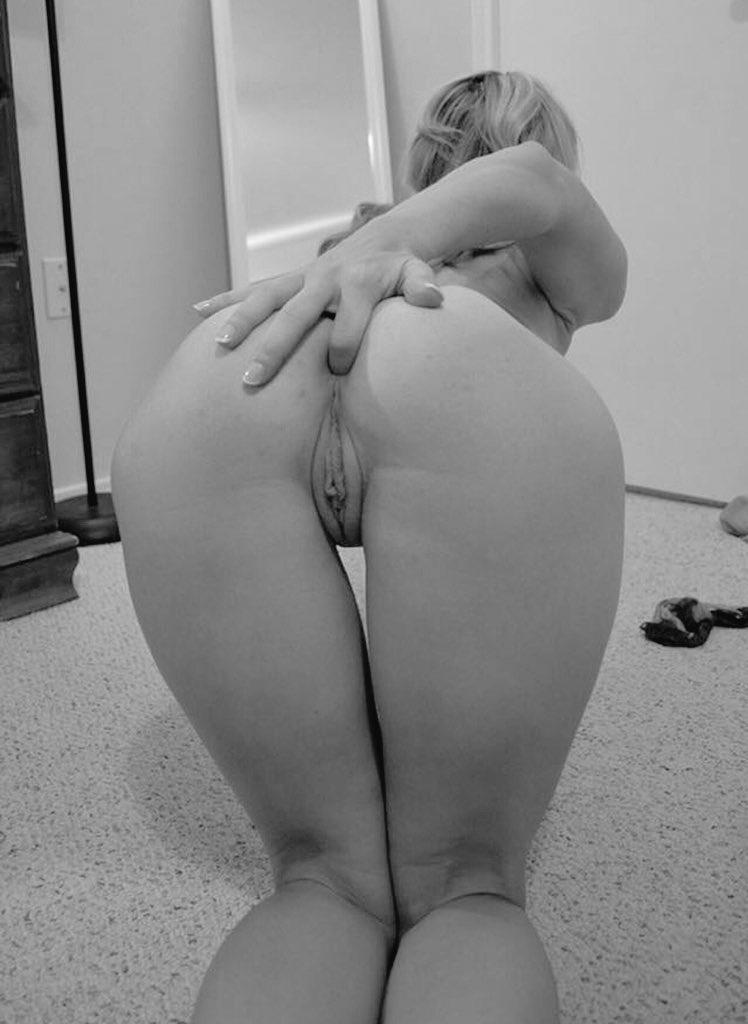 Skewer ass on dick