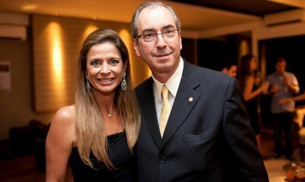 MP da Suíça diz que dinheiro atribuído a Cunha passou por 23 contas https://t.co/ehh7aIUshA #LavaJato #corrupção