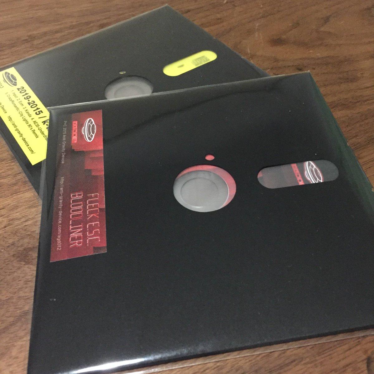 自分が運営するAnti Gravity Deviceから12/17にFleck E.S.C のアルバム Bloodliner [AGD012] をリリース!それに先駆け12/12のTEBPにおいてCD版を先行販売します!ぜひ! https://t.co/OlGFQTCita