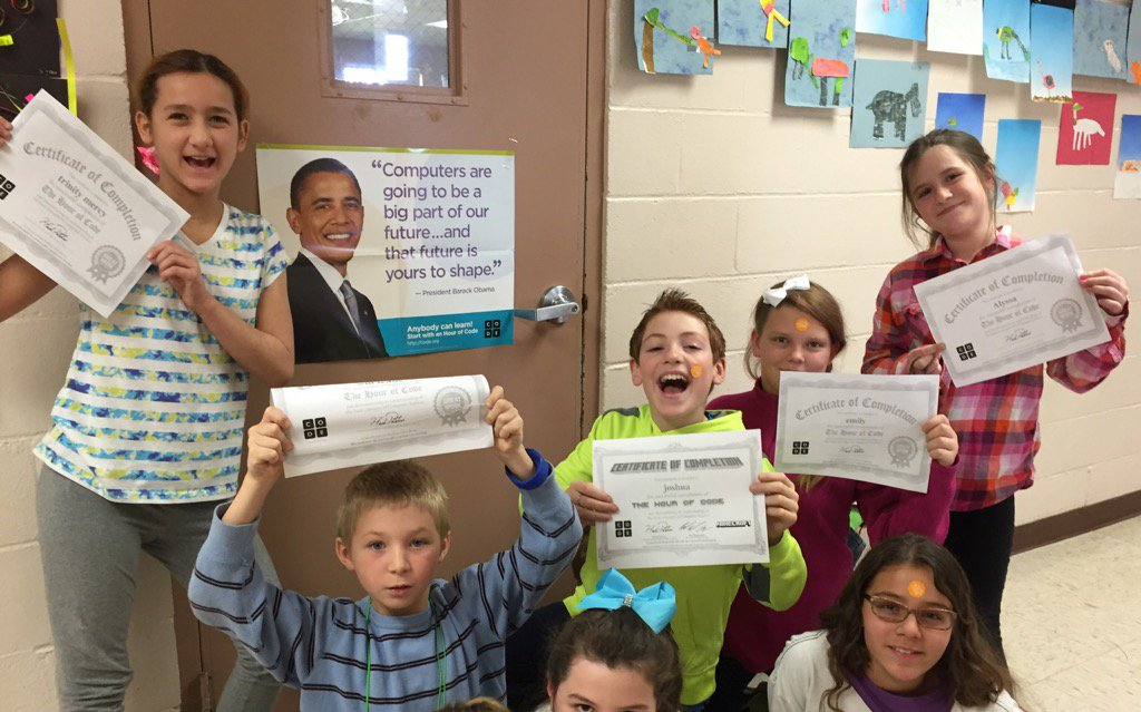 Proud 5th grade coders @grandisleschool excited to earn certificates for participating in #HourOfCode #vted https://t.co/NRZmq1bTX1