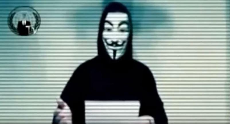Anonymous a difesa delle balene.