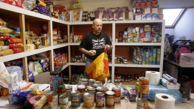 'The number of people relying on food parcels remains at a level unseen since World War 2.' https://t.co/246UhFrp3i https://t.co/mqlKq0FV5z