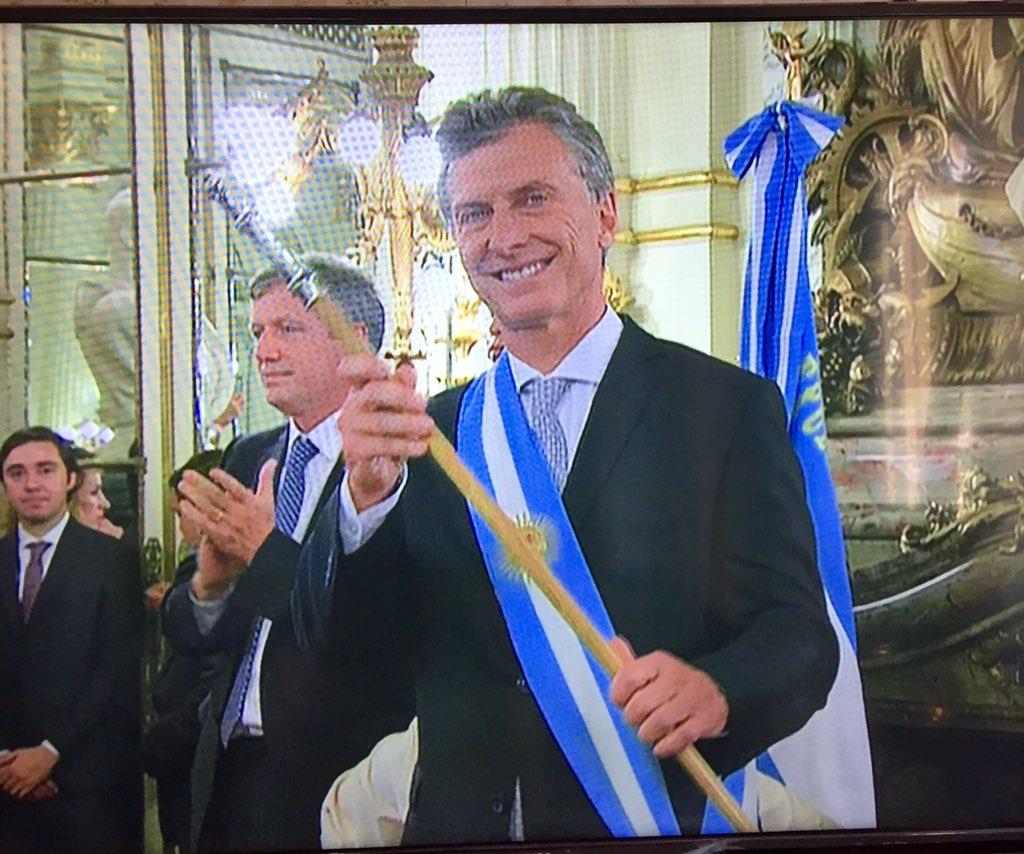 Para vos señora Calabaza besitos! #MacriPresidente https://t.co/e9MYIFsGeL