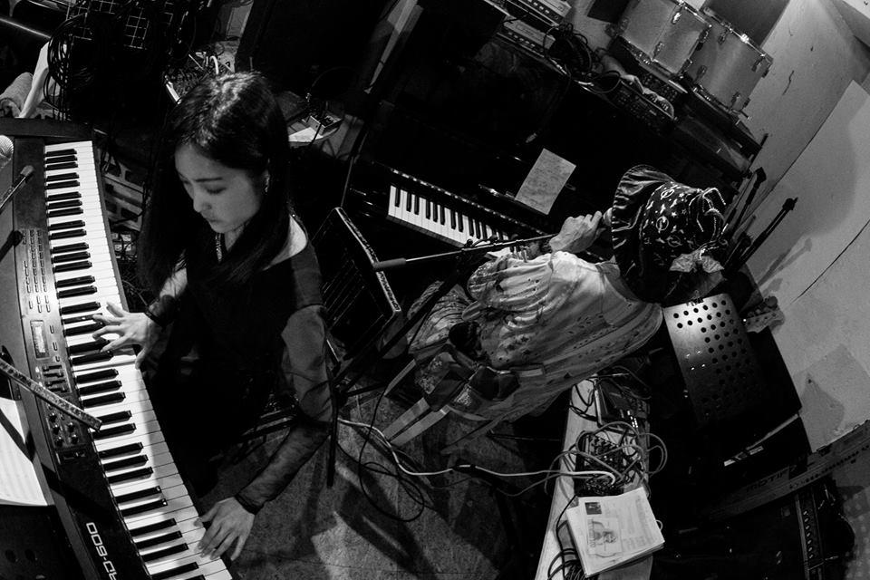2015/12/05 ユニット「三木聖香 と ひんでん」、「PYT」にて。