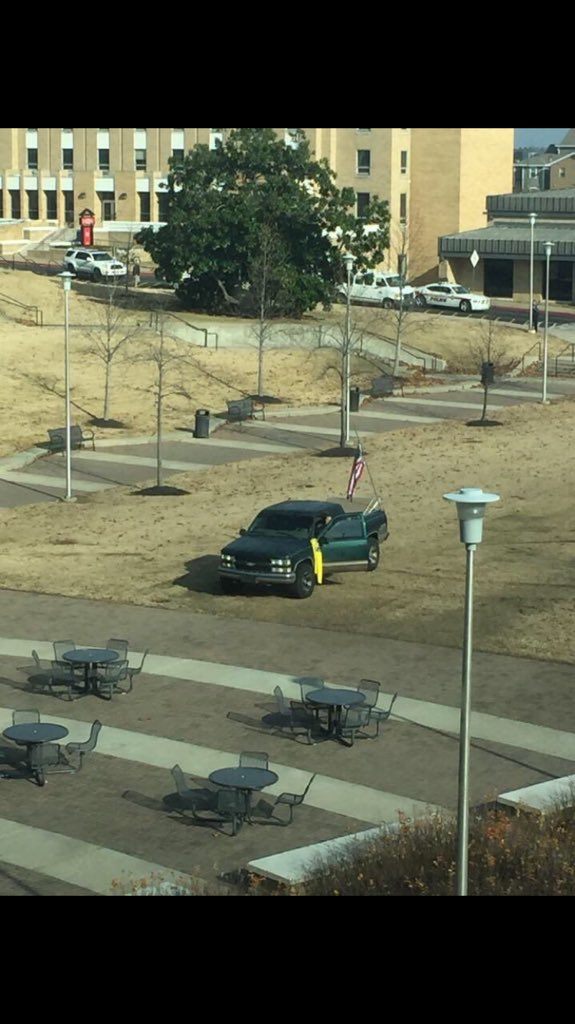 .@ArkansasState students in campus buildings posting similar pictures of this green truck in the middle of campus https://t.co/A6gCZIPG9o