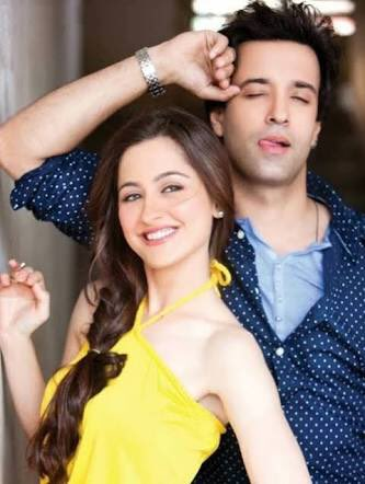 Aamir Ali and Sanjeeda Sheikh in Power Couple