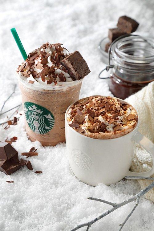 スタバの新作は飲むチョコデザート「チョコラティ クランブル ココ」12/26より限定発売 https://t.co/yAUM1dZduu