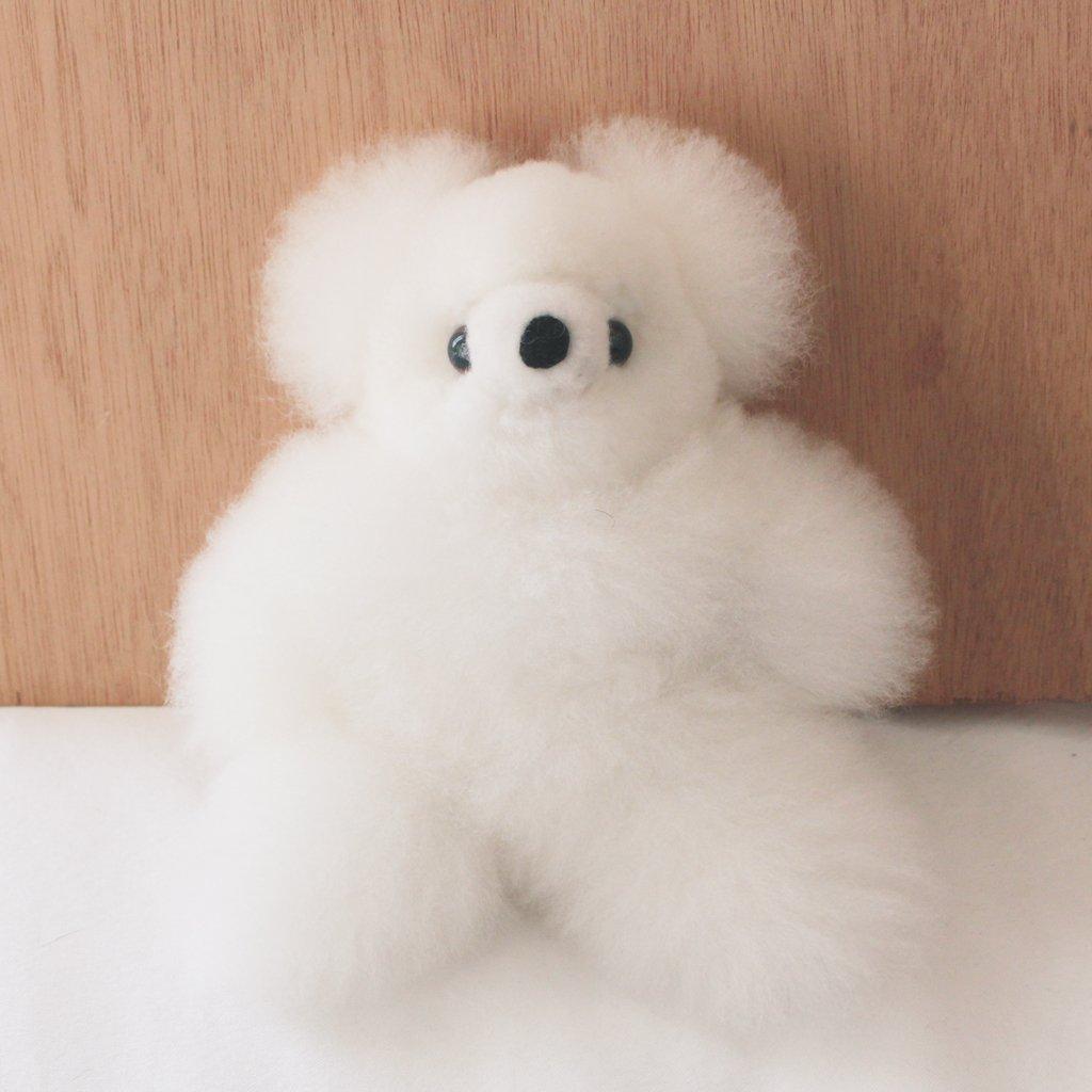 「これはなんですか」「アルパカの毛で作ったクマです」「買います」 https://t.co/l0JRcQvhl2