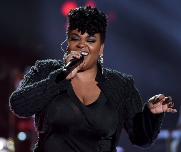 """Thank you for treating me with respect!"" @missjillscott  #SoulTrainAwards 2015 https://t.co/a5YlO95d5z"