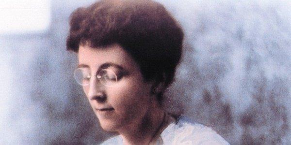 Lucy Maud Montgomery con 'Anna dai Capelli Rossi' nel Doodle di Oggi 30 novembre