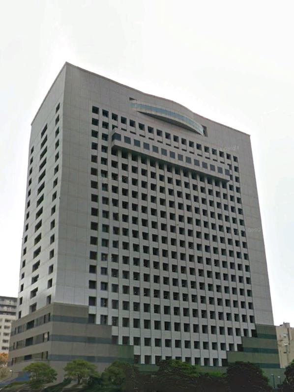 神奈川県警本部庁舎絶対に引っこ抜けると思う。 https://t.co/TLSJ3hXjkP