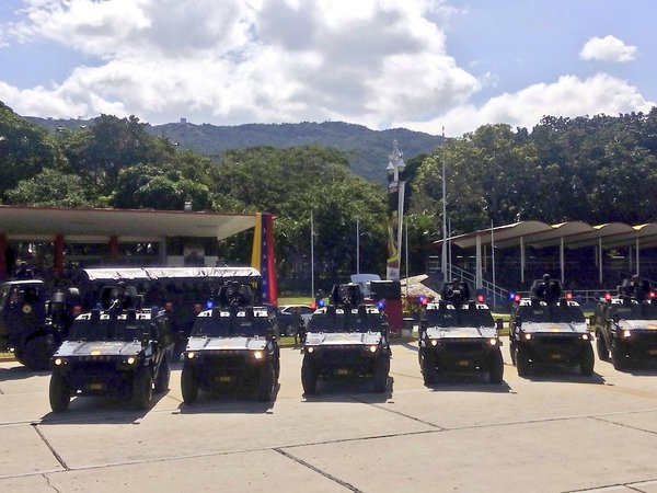 Armed Forces of Venezuela Photos - Page 4 CVE5_MCWoAAszdo