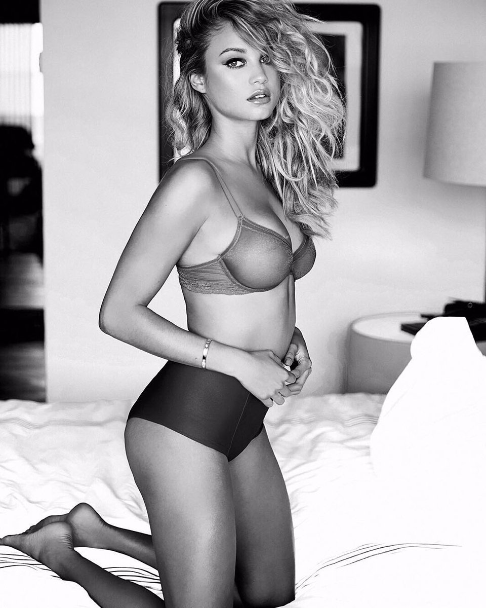 Ass Erotica Skye Blue naked photo 2017