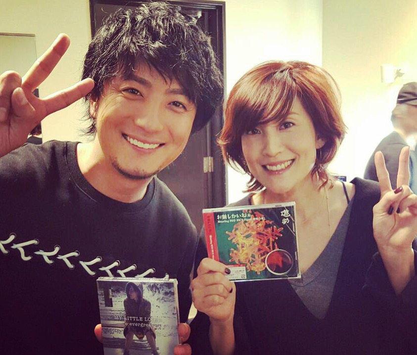 本日は、NHK「MUSIC JAPAN」収録でした!!遊助さんとCD交換&ご挨拶させて頂きました! 12/6(日)24:10〜オンエアされます。 是非!チェックしてください☆ https://t.co/EiHwnTGl2t
