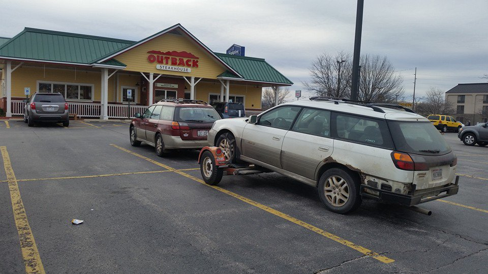 An Outback pulling an Outback, stopped to eat at Outback, parked outback: https://t.co/eC2fHqKBj2