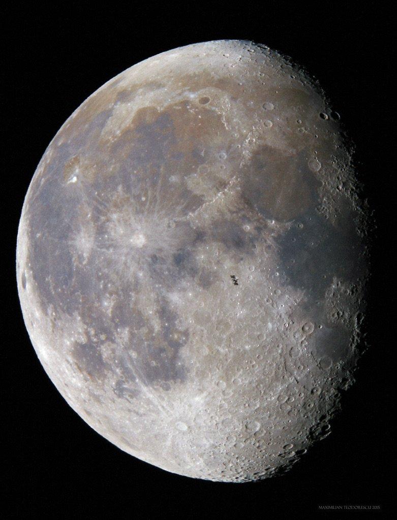 A just incredible #iss lunar transit image taken today by Maximilian Teodorescu! https://t.co/EWCO4eFsaT https://t.co/eziS8MVsId
