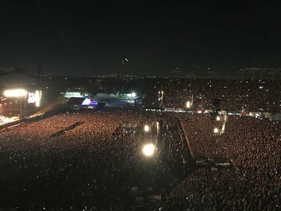 Gracias a todos los que nos siguieron en esta gira y en especial en México! Keep on rocking!  #PJLatinAmerica2015 https://t.co/hEk6NwQxai