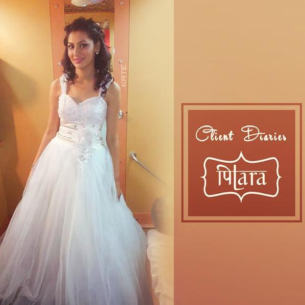 Sriti Jha looks pretty in white gown at Zee Rishtey Awards 2015 (ZRA 2015) Picture