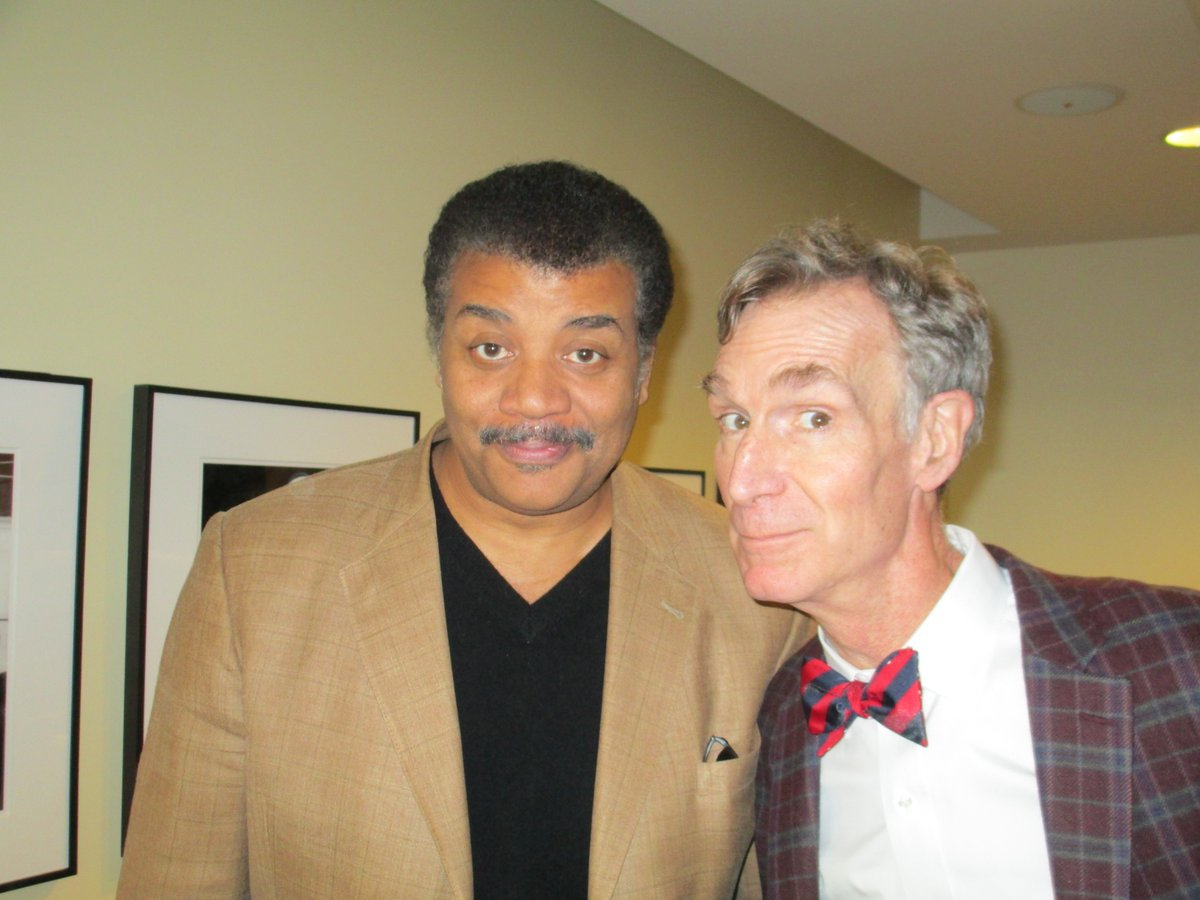 @neiltyson and @BillNye dropped in to talk #climatechange, #spacetravel, and politics. https://t.co/GKut8c6rVM https://t.co/A1JeZMNQO7
