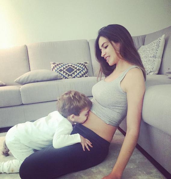 Instagram Photos of the Week | Hilary Rhoda, Sara Sampaio   More ...