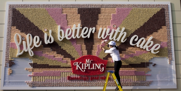 A new Friday Five - innovative billboards: https://t.co/hF8vSGDQrg #FridayFive #Advertising https://t.co/BBnhKs8ILp