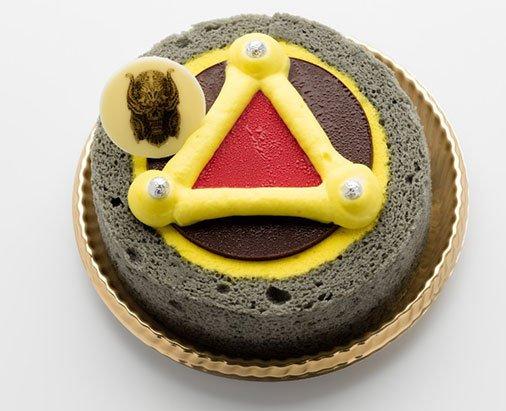 すごいケーキも出ます!ガロエンブレムケーキ/750円(税込) ノベルティが、とても豪華なのです。 https://t.co/Qlbdduh0zJ