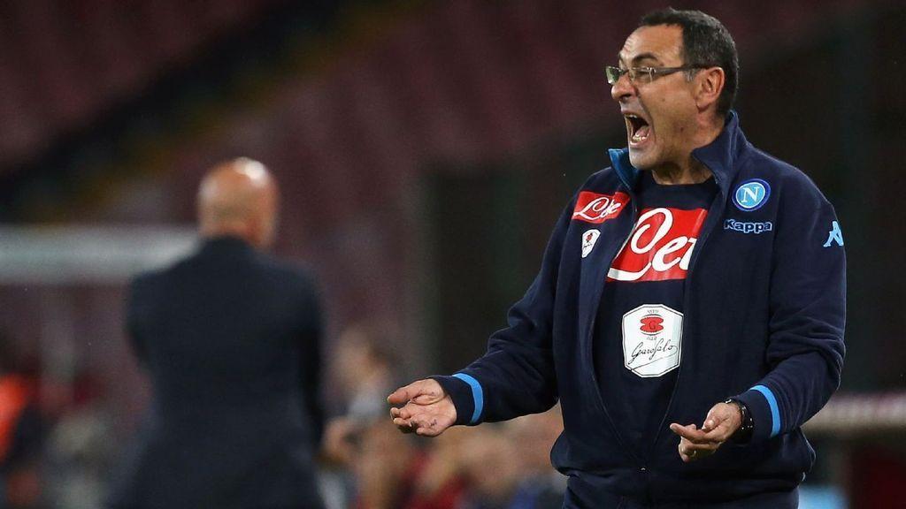 Il tecnico del Napoli Maurizio Sarri