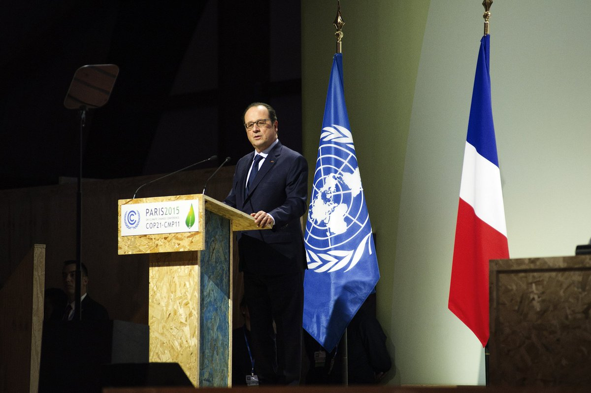 At #COP21, France announces it will invest 2 billion Euros in renewable energy in Africa https://t.co/ojooGWYJKw https://t.co/caTbPpVxi6