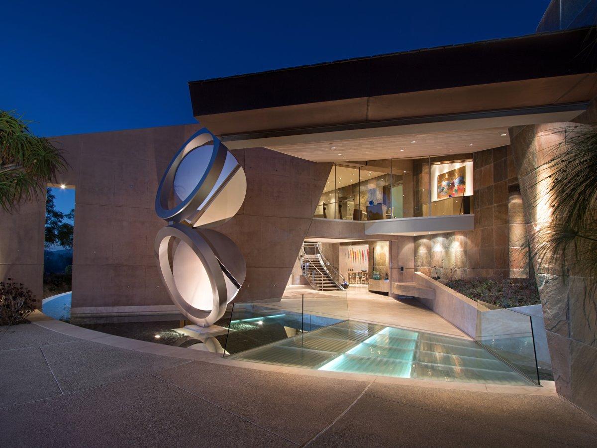 Step inside the $60 million mansion of Qualcomm co-founder Andrew Viterbi https://t.co/Lfludh2Bhk https://t.co/0x0eXfmFBc