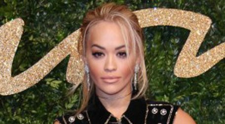 You're going to LOVE this @CHANEL look from @RitaOra... https://t.co/EzrtleWIrt https://t.co/ed0DSiPvrD