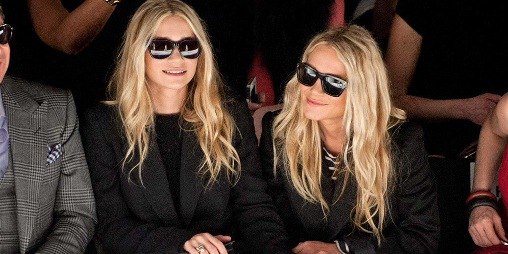 25 Times Mary-Kate and Ashley Wore All Black and Looked Amazing https://t.co/1no4v0kStK https://t.co/GAP6fGdrez