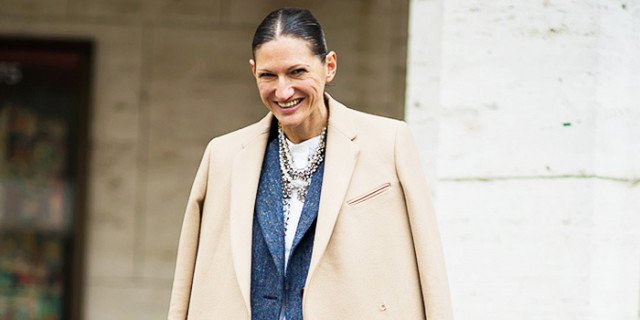 Jenna Lyons believes this is the most important etiquette rule: https://t.co/102FXevXwE https://t.co/8L8IbB4Vt8