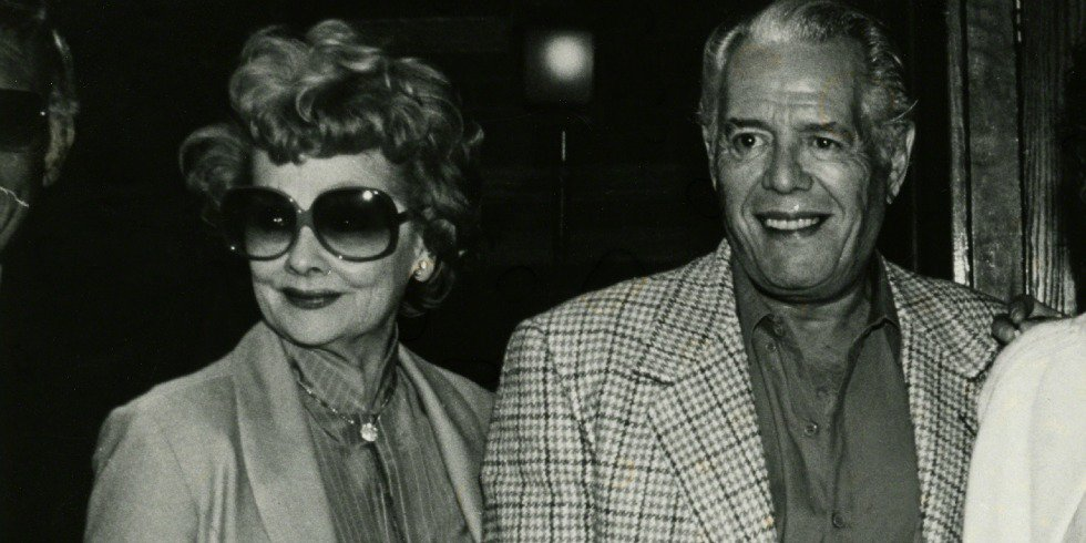 At the End of His Life, Desi Arnaz Wrote the Sweetest Thing About Lucille Ball https://t.co/vccqf18Woy https://t.co/HHWYmUp7cS