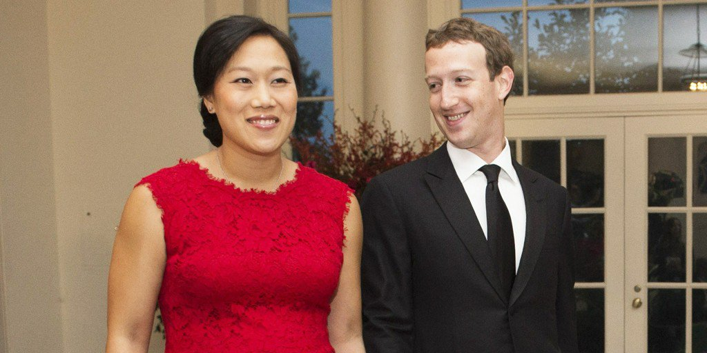 Mark Zuckerberg and Priscilla Chan Welcome Their Baby Daughter with a Big Announcement https://t.co/RnhAiOdv5Z https://t.co/tAZPlzqe3w